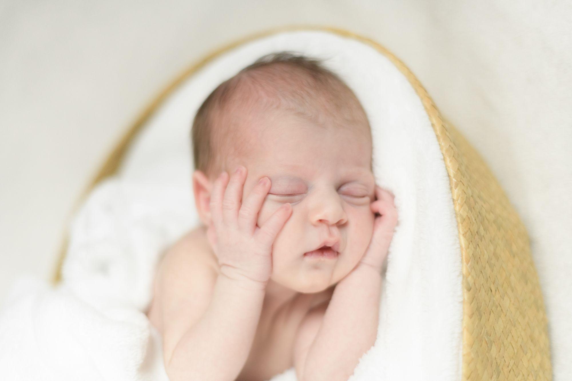 priscillapuzenat-photographe-portrait-naissance-bebe-auxerre-yonne-bourgogne-france